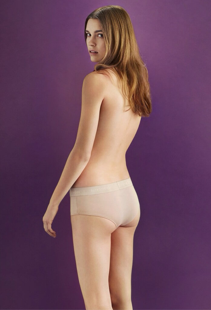 I wish – 19 december – ACNE nude underwear